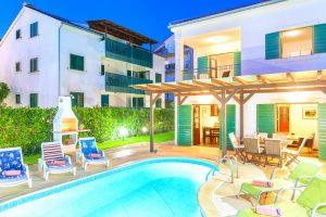Villa Cvita with a privata pool